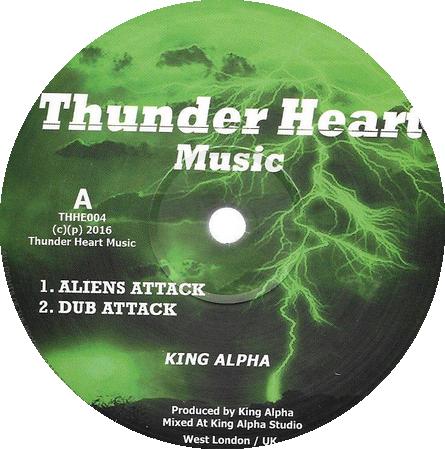 KING ALPHA ALIENS ATTACK